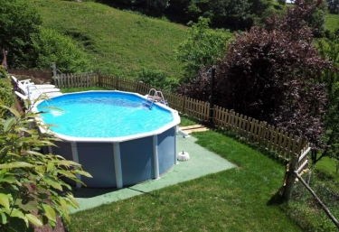 Casas rurales con piscina en san feliz pilo a for Casas vacacionales con piscina