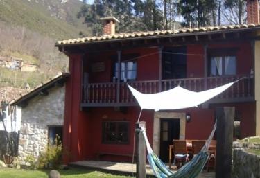 Samarkanda - Espinaredo (Infiesto), Asturias