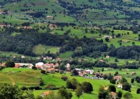 Zonas verdes con las casas