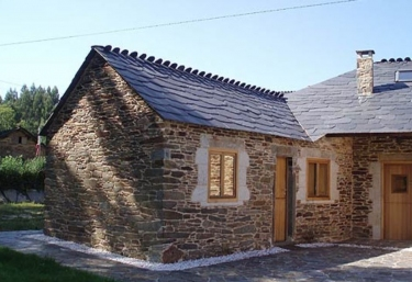 Casa Pequena - Monfero, A Coruña