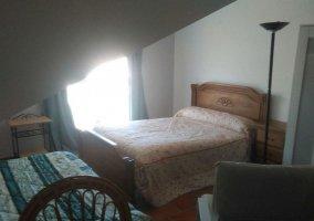 Dormitorio Triple Confort 3 con varias camas