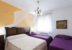 Dormitorio cuádruple adaptado