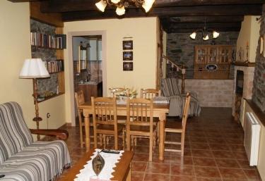 Casa Bell - Manzanedo De Valdueza, León