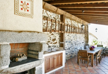Casas rurales con barbacoa en villar de la yegua - Miraconcha casa rural ...