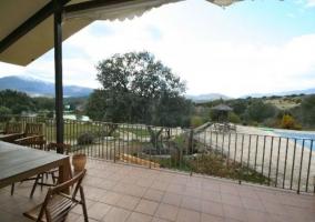 Vistas de la terraza con mesa