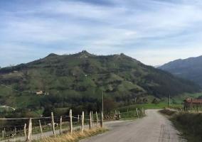 Zonas naturales con carretera