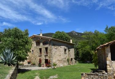 Can Pedragos - Sales De Llierca, Girona