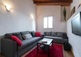 Sala de estar con la tele