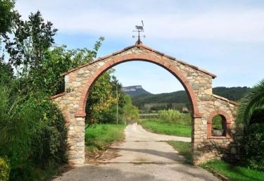 Mas Moner - La Cellera De Ter, Girona