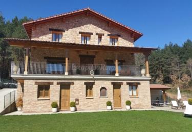 Casa Rural Entrebosques - El Rasillo, La Rioja