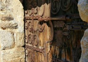 Zona de la iglesia y su puerta