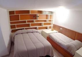 Dormitorio triple de la casa