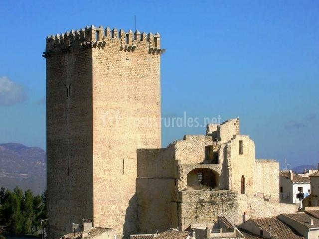 Casa principal cortijo almizr n en moratalla murcia for Muebles castillo murcia