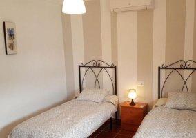 Dormitorio doble con aire