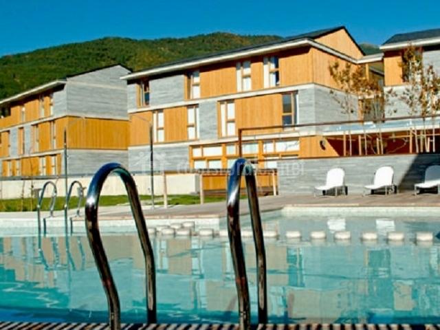 Preciosa imagen de la piscina