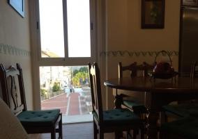 Sala de estar y vistas de la mesa