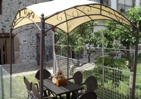 Amplios jardines de la casa