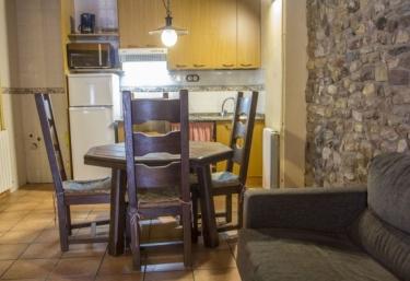 Casa Batlle- Roure - Sarroca De Bellera, Lleida