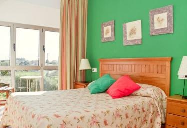 Apartamentos Mirapeñas- Playa Fornón - El Campo (Gozon), Asturias