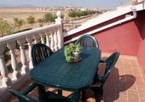 Mobiliario de la terraza de la vivienda