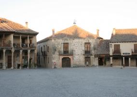 Zona centro del pueblo y su Plaza Mayor
