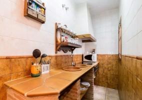 Cocina alargada de la casa