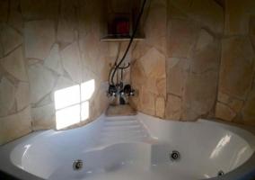 Aseo de la casa con bañera