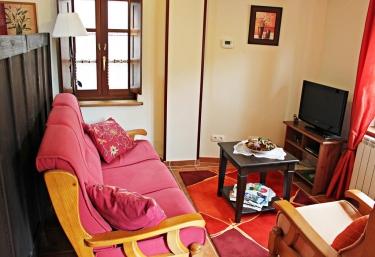 Apartamentos El Llago- Nando - Boal, Asturias