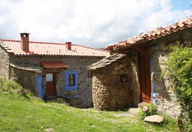 Teixidiello- El Teixu - Cudillero, Asturias