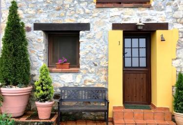 Los Falares de la abuela Berta- El Trasgu - Nieda, Asturias