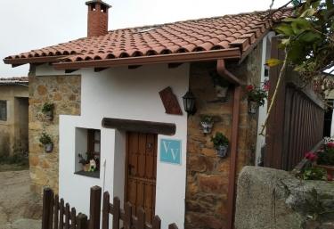 La Casina de Biescas - Biescas (Luarca), Asturias
