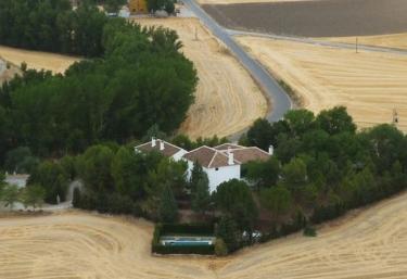 Cortijo La Gineta- Casa del Patio - Alcala La Real, Jaén