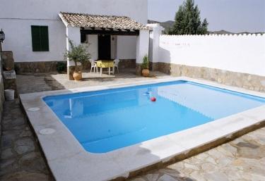 15 casas rurales con piscina en alcala la real - Piscinas interiores climatizadas ...
