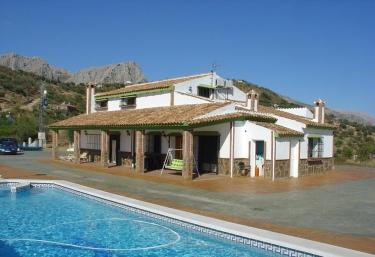 Casas rurales Bernabé- Casa Grande - Riogordo, Málaga