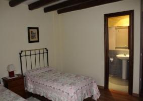 Dormitorio doble con el aseo integrado
