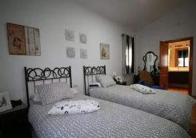 Dormitorio 2 con aseo