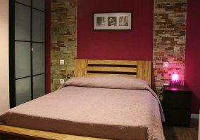 Dormitorio de matrimonio y mesillas de noche