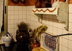 Cocina de la casa con menaje.JPG