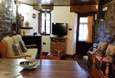 Casa el Candil Apartamento - San Pedro De Olleros, Leon