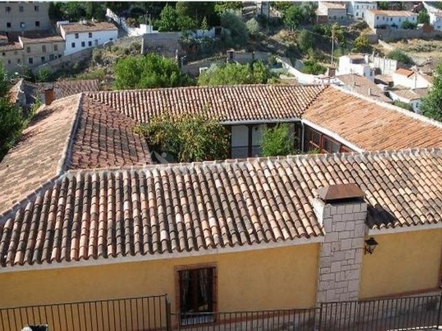 Casa tana en valdelaguna madrid for Casas con patio interior