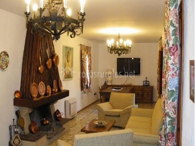 Casa tana en valdelaguna madrid - Casa rural con chimenea en la habitacion ...
