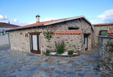 Aira Sacra- Casa do Colirrubio - Panton (San Martiño), Lugo