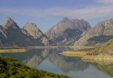 Zonas naturales con la sierra