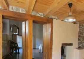 Estancias de la casa con detalles en madera