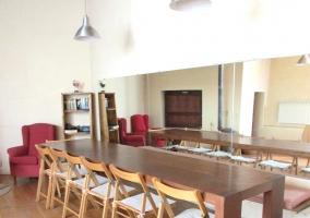 Sala de reuniones y juegos