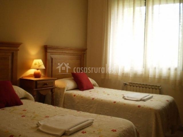 Habitación doble con camas individuales separadas