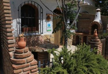 Cueva de Chipela- Casas Cueva Cazorla - Hinojares, Jaén