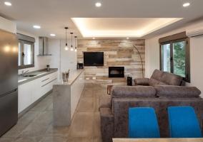 Sala de estar junto a la cocina