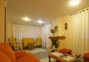 Sala de estar amplia