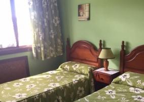 Dormitorio doble en color verde.JPG